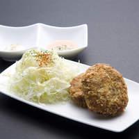 一優亭 - 伊万里牛のメンチカツ(1個300円)サクサクの食感と肉汁がたまらない!