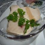 38096521 - 前菜(鶏胸肉のハム、栗の赤ワイン煮)