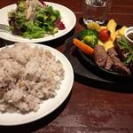肉とワイン bonanza - ランチのステーキ!