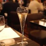 BLT STEAK GINZA - まずは、シャンパンを (2015/04)