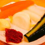 かぶら屋 - 野菜盛り合わせ。サラダではない