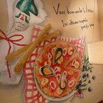 ドルチェモスカート - ☆壁にはイタリアァ~ンな絵が可愛いですね☆