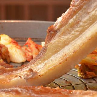ご予約はお早めに!韓国料理と言えばサムギョプサルだよね~^^