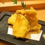 豊祝 - 太刀魚とチーズの重ね揚げ(丸茄子付)