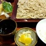 更科 京屋 - ランチB大盛(天もり・白飯付)¥750-