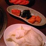 3812219 - スライストマト・キムチ盛り合わせ・キャベツ