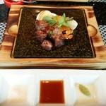 38148741 - フィレステーキと野菜 (アンデスの塩とタレと山葵)