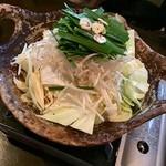 つぼ吉 - もつ鍋(塩)