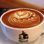 Turret Coffee - カフェラテ 560円 ものすごい量です@@