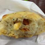 レコルト - チーズとトマトのパン