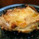 居酒屋 しぶちゃん - 鶏モモ肉のステーキ