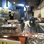 38160652 - 広い厨房です