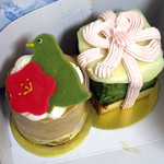 ウルトラジャム - ケーキボックスの中の生菓子2点(2015年3月)