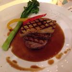 てぃーち FOOD FACTORY - 牛フィレ肉のフォアグラロッシーニ@1980