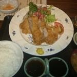 にっぽんの洋食 江戸一 - 2015/05/19 11:50訪問 ヒレカツ定食¥1,200