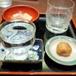 満留賀静邨 - 蕎麦焼酎 雲梅(グラス620円)