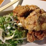 成都飯店 - 鶏肉の唐揚げです。