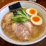 井之上屋 - 特製塩らぁ麺 ¥880