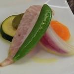 肉料理 黒麒麟 - イベリコ豚の燻製と野菜のマリネ