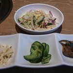 38189157 - ・韓国冷麺定食 サラダとお通し