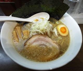 ブッチャー - ブッチャー麺_脂は普通