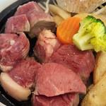 肉ざんまい レイクタウン店 - 生肉?