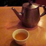 382427 - お茶はほんのり香るジャスミン茶です、ポットごとです