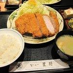 魚活撰豚 とんかつ 二代目 星将 - 料理写真:特上ロースかつ定食 180g