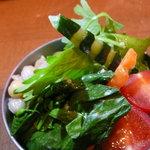 プラチナダイナー白金カフェ食堂 - プレートのサラダ