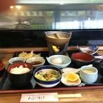 わびすけ - 料理写真:今日いただいた「御膳」の全景です、何御膳っていうのか、忘れました