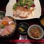 わびさび - 日替り定食(チキン南蛮)とミニ海鮮丼