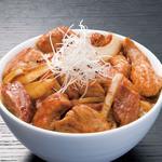 豚料理専門店 銀呈 - 赤身の豚丼