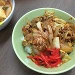 黄河楼 - 半豚キムチ生姜焼丼