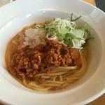 38202727 - 台湾らーめん:スープ、ミンチはお好みで。ミンチのみは塩辛い