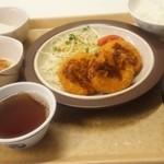 増上寺会館 大食堂 - クリームコロッケ定食