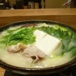 京酒房 藤かわ - 豚肉の白味噌仕立て鍋(冬季限定)