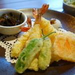 海神 - 料理写真:天ぷら(アップ)