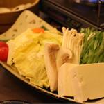 焼きハマグリ新三郎 - 季節の野菜の盛り合わせ