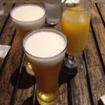 38221516 - 生ビールとオレンジジュースで 乾杯☆☆