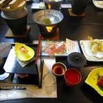 石和温泉華やぎの章甲斐路 - 料理写真:夕食