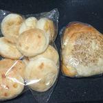 森田ベーカリー - チーズパンとおにぎりパン