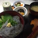 izakaya 新道亭 - ランチ・小坪産生しらす丼