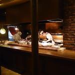 桑乃木 - 炭焼きのオープンキッチン