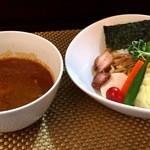 麺屋 波 - カレーつけ麺(太麺・中盛り)