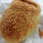 橋本屋製パン店 - 焼きカレーパン 220円