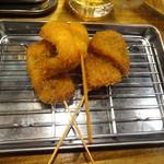 くし家串猿 - 串揚げの牛・きす・椎茸です。