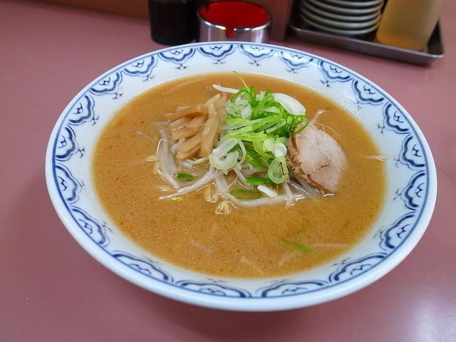 ラーメン白樺 - 味噌ラーメン600円
