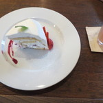 チムニー - イチゴドームケーキと共に。