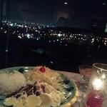 セリナ - ロコモコと夜景