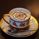 calme - ブルガリ・ドルチデコ ズコットでカフェモカ